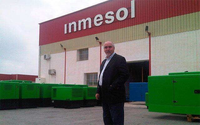 M. Nelson Gonzaga, directeur de NGRC, pendant la visite qu'il a effectuée l'an dernier à l'usine d'Inmesol