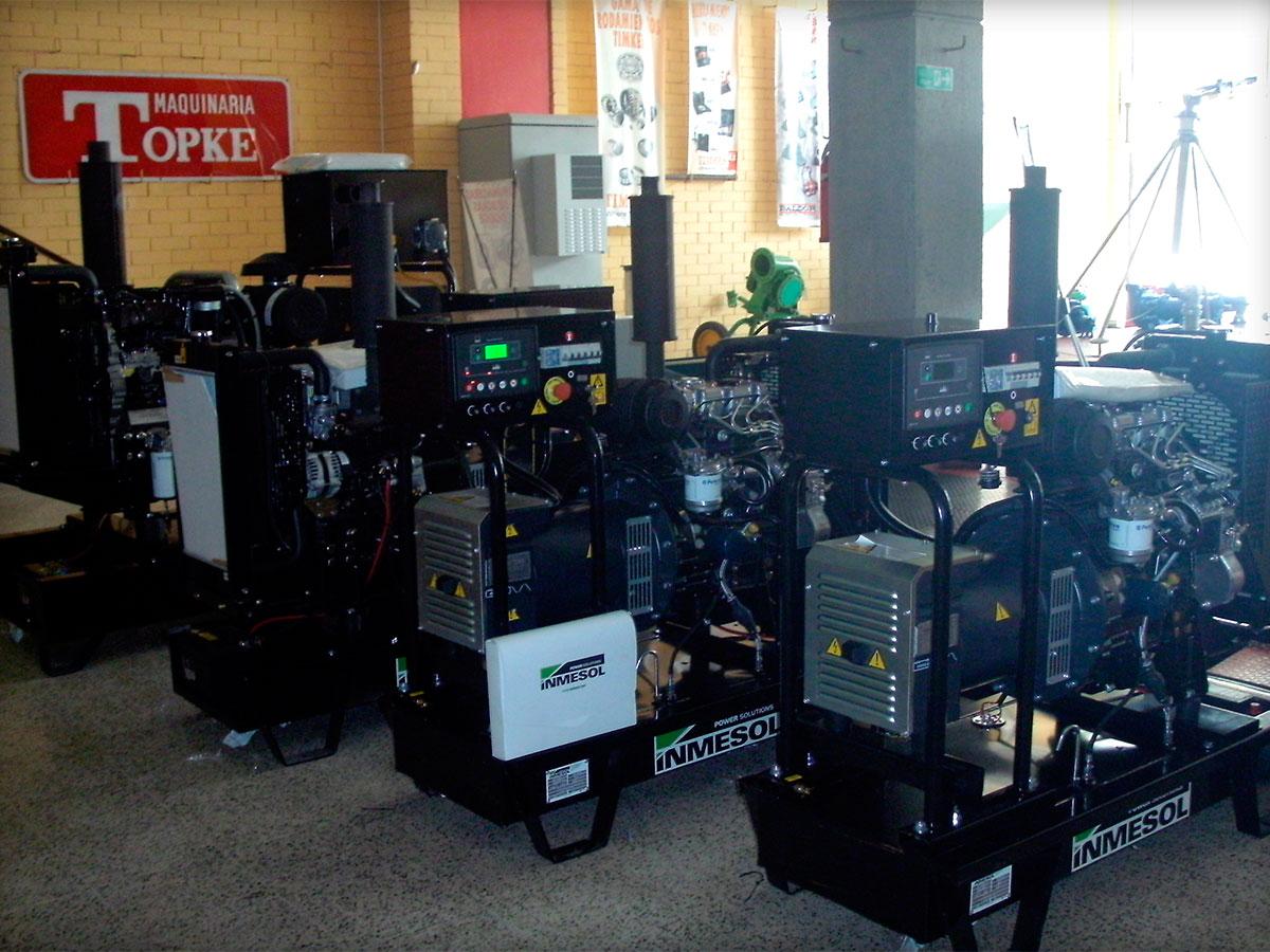 Groupes électrogènes en version ouverte avec centrale de contrôle numérique