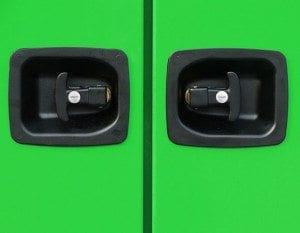Carrosserie inmesol mod 300 400 serrures des portes ont ete changees