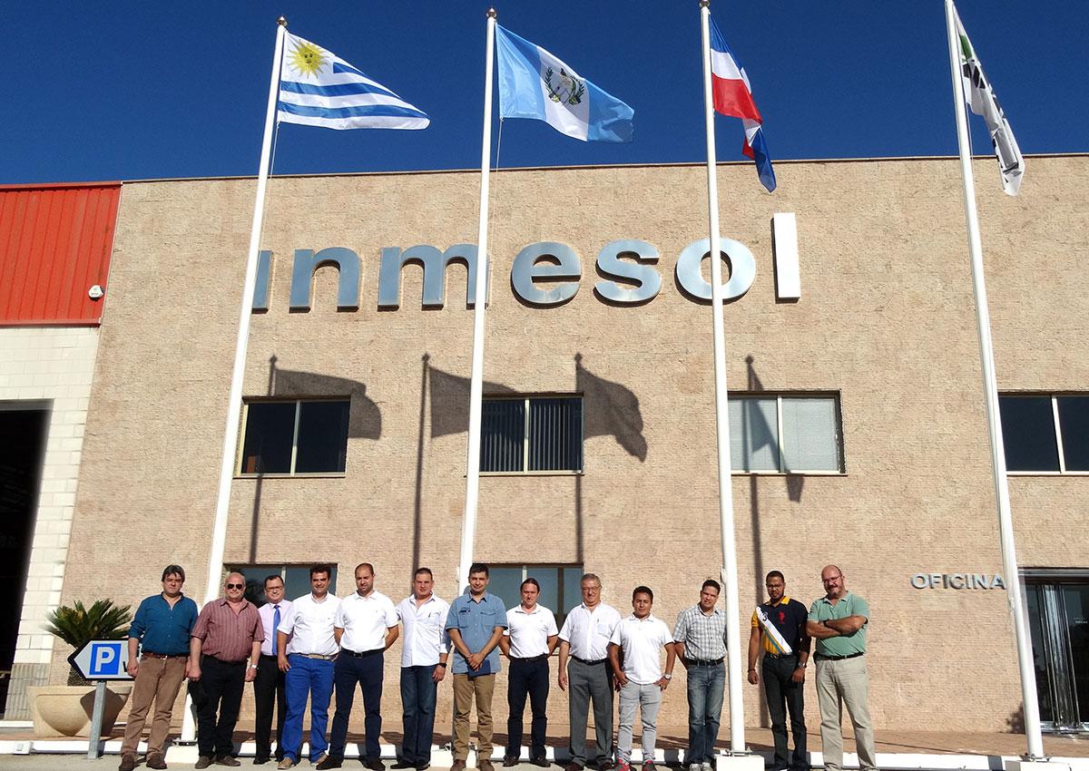 Distributeurs d'Amérique du Sud près de la Direction, les Responsables techniques et les Responsables commerciaux d'Inmesol