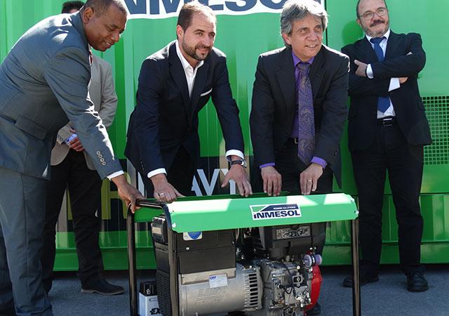 Consul et le Vice consul équatoriennes à Murcie, M. Gustavo Mateus Acosta et M. Juan Valencia Quiñonez