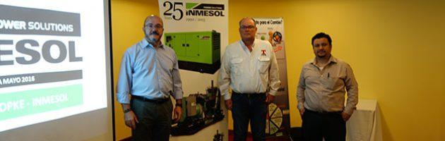 Luis Navarro d'INMESOL, Ing. Allan Rasch Topke et Ing. Boris G. de León