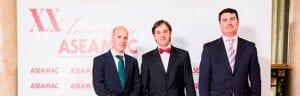 De gauche à droite: Joaquín Cazorla (Département des ventes nationales INMESOL), Jordi Torres (Membre du Conseil d'Administration de l'ASEAMAC) et Ignacio Morell (Département des ventes nationales INMESOL)